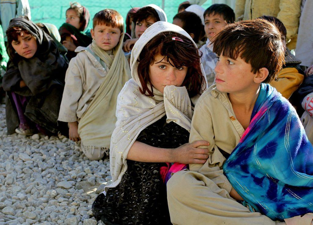 Afghanistan: Save the Children chiede maggiore protezione per i bambini, che rappresentano un terzo delle vittime civili nel Paese