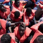 Giornata Mondiale del Migrante e del Rifugiato: Save the Children, i minori non accompagnati scrivono al Papa i loro timori e speranze per il futuro