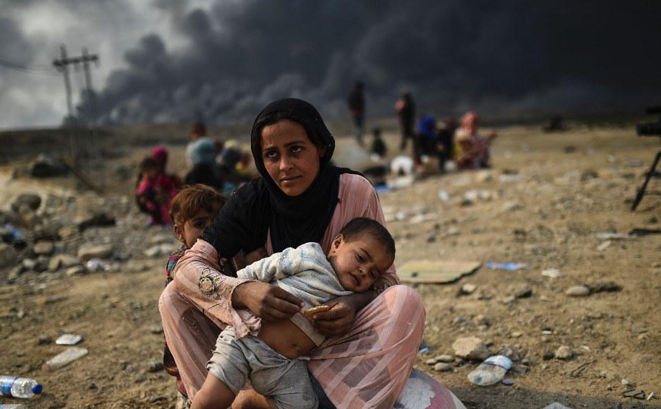 """Mosul: Save the Children, gravi le conseguenze del conflitto sulla salute mentale dei bambini, che mostrano segni di """"stress tossico"""". Il 90% ha perso una persona cara."""