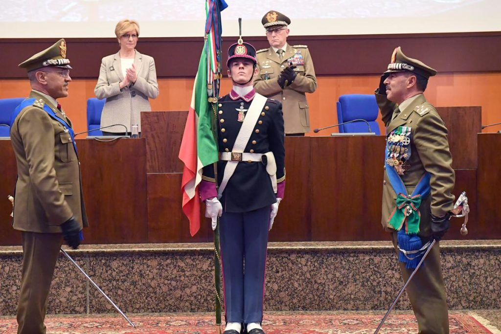 Avvicendamento nella carica di Capo di Stato Maggiore dell'Esercito tra il Generale di Corpo d'Armata Danilo Errico e il Generale di Corpo d'Armata Salvatore Fari