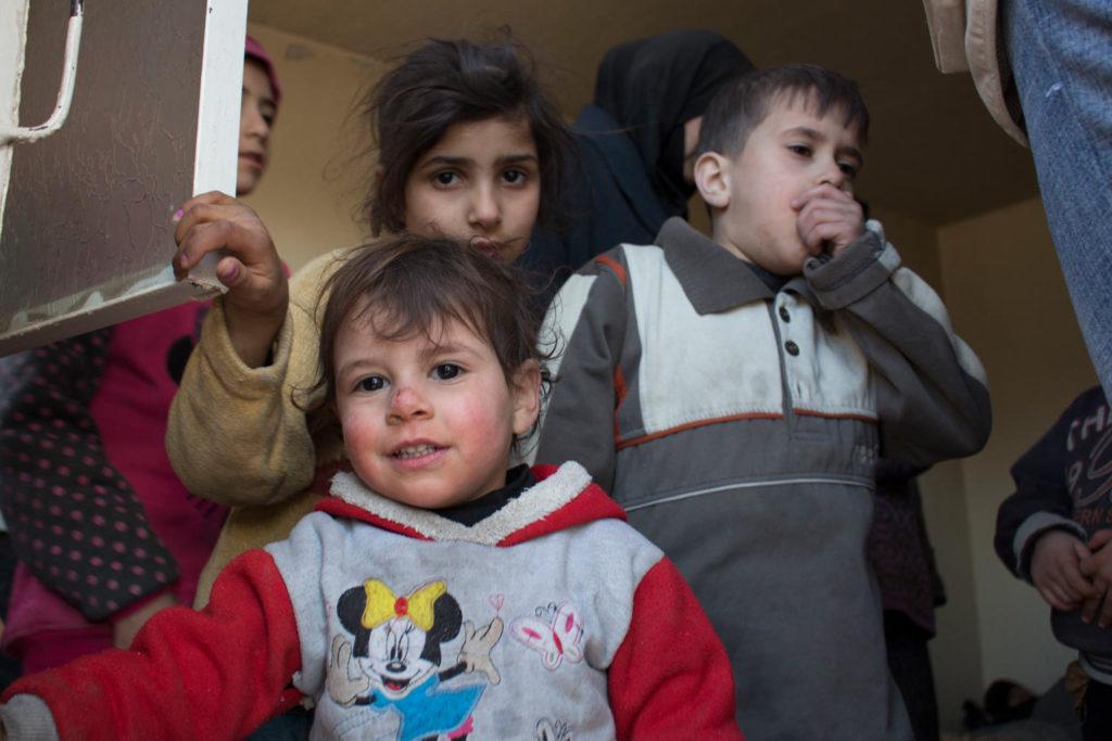UNICEF: nonostante gli oltre 7 anni di guerra in Siria quasi 5 milioni di bambini siriani vanno a scuola, ma altri 2,8 sono senza istruzione