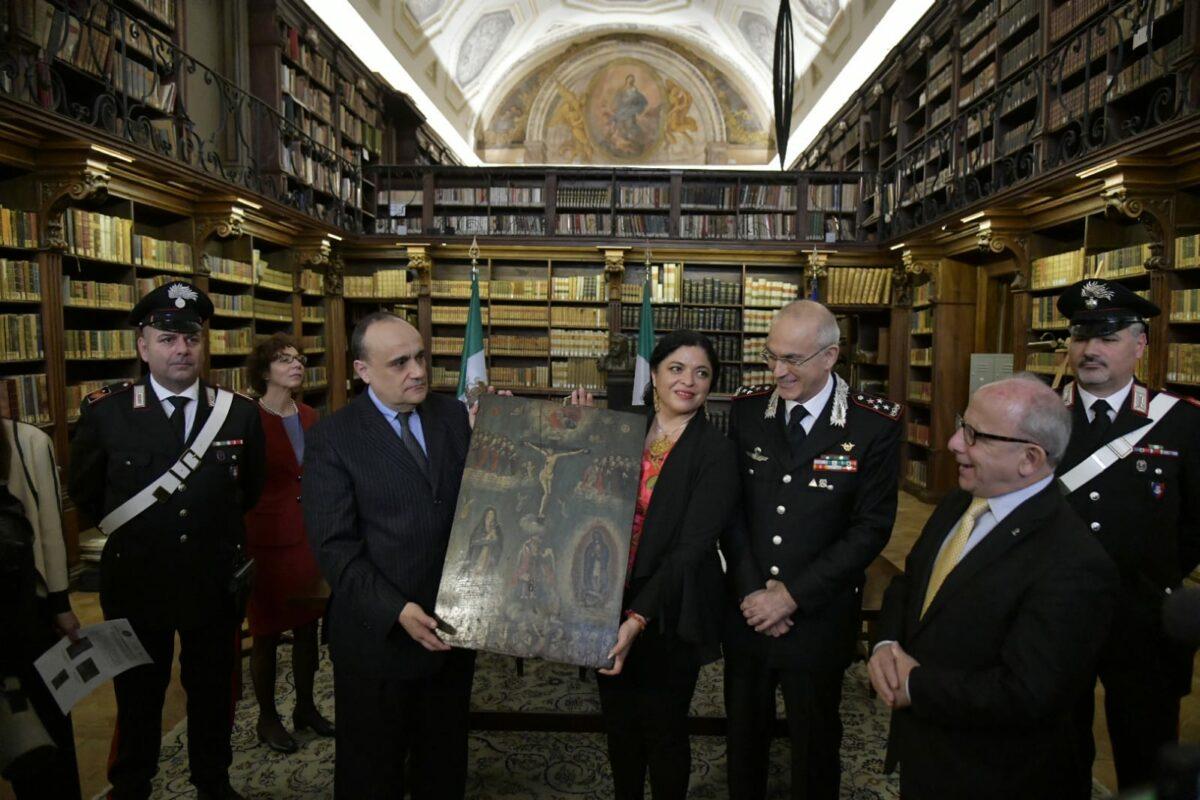 estituzione agli Stati Uniti Messicani di 594 dipinti ex voto databili tra il XVIII ed il XX secolo